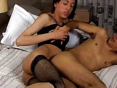 CD Teenage Gives Her Beau A Deep Rectal
