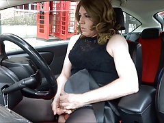 Gorgeous Transvestite wanking out side the post office