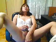 Perv of Nature 20 Japanese Sissi Studs Mako1