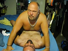 Daddy gets his guy (Willy) off in about 33minutes