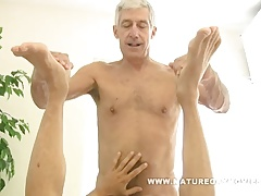 Marvelous silverdaddy without a condom his mature lover