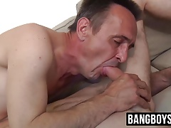 liking xxx barebacking with an older stud