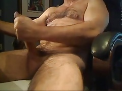 Red-hot unshaved queer wanks off