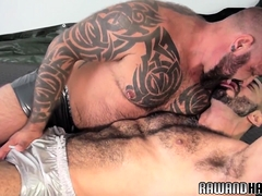 Vers wolf doggystyled  with hairy man